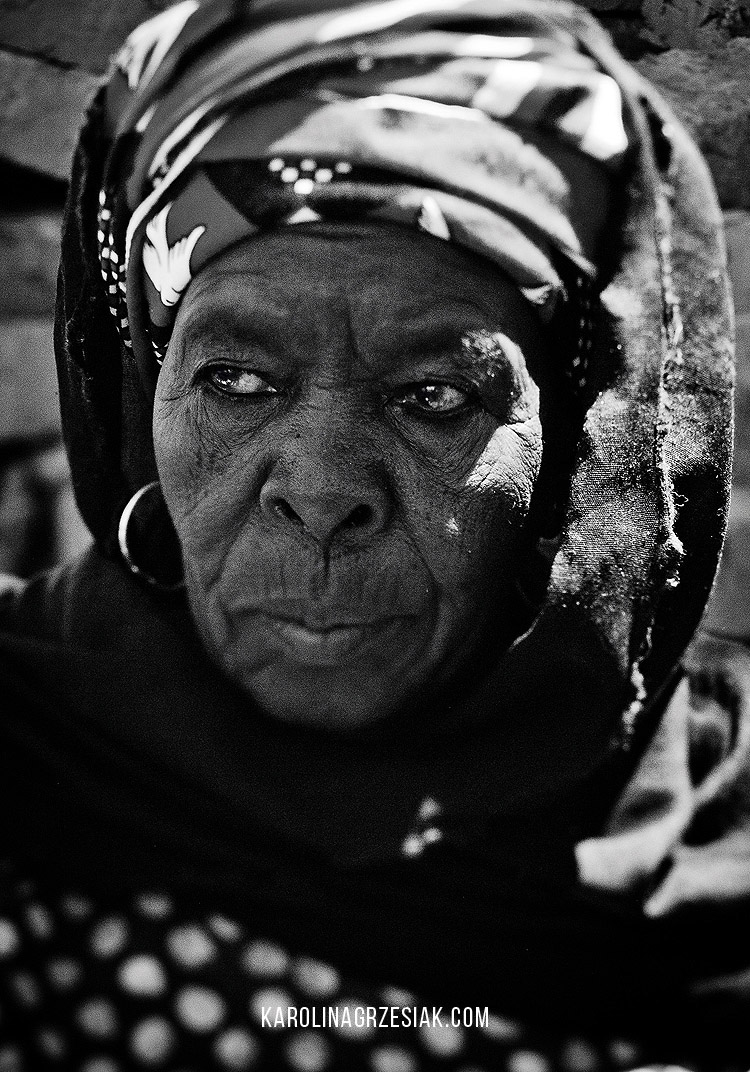 burkina faso old people portrait 03