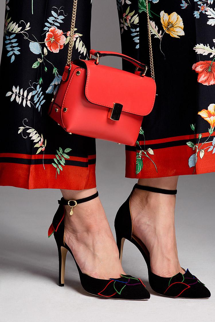 Sesja wizerunkowa dla producenta butów. Designerskie obuwie dla kobiet z oryginalnym stylem. Włoskie inspiracje.